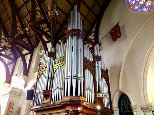 ファースト教会のパイプオルガン
