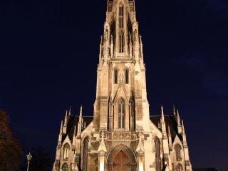 夜のダニーデンのファースト教会
