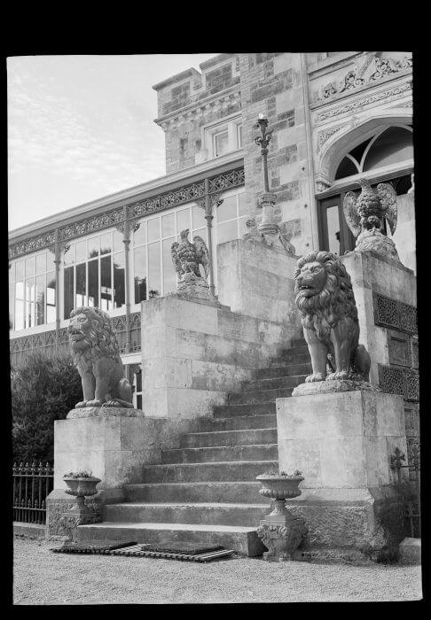 1930年代ラーナック城の正面入り口