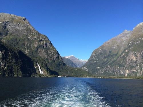 ニュージーランドのサマータイムのメリット観光業のシーズンの延長