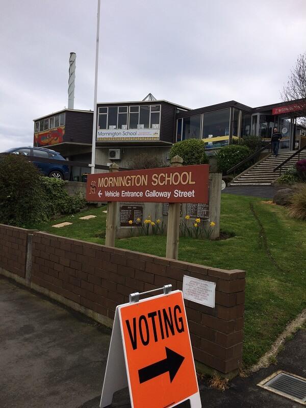 ニュージーランド選挙投票所
