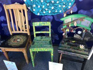 Resene椅子の展示