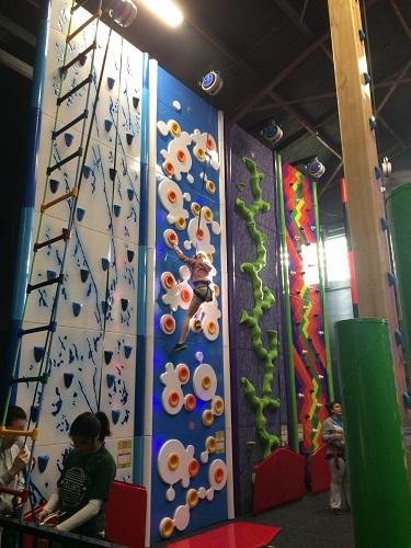 ダニーデンの新しいアクティビティ Clip n Climb
