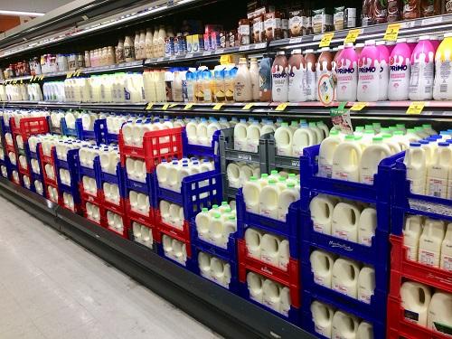 牛乳コーナー