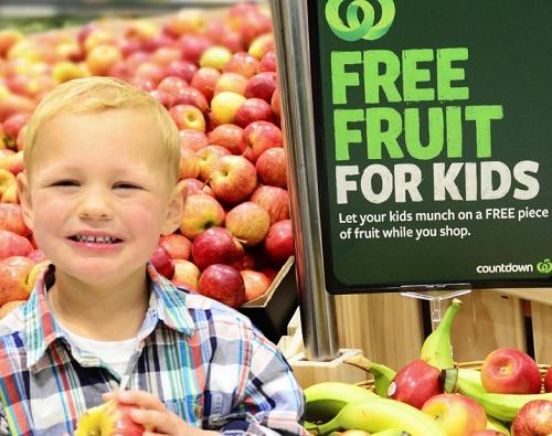 ダニーデンカウントダウン子供には無料の果物
