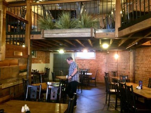 ダニーデンのスぺイツ醸造所 レストラン内部