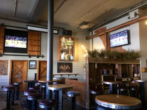 ダニーデンのスぺイツ醸造所 レストランの内部席