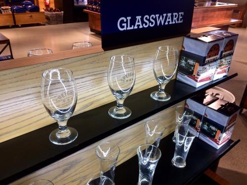 ダニーデンのスぺイツ醸造所 ショップで売っているグラス