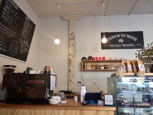 ダニーデンのカフェOcho カウンター