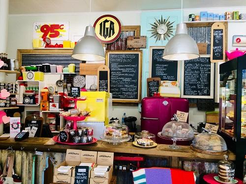 ニュージーランドダニーデンのカフェBlack's Road Green Grocerカウンターの様子