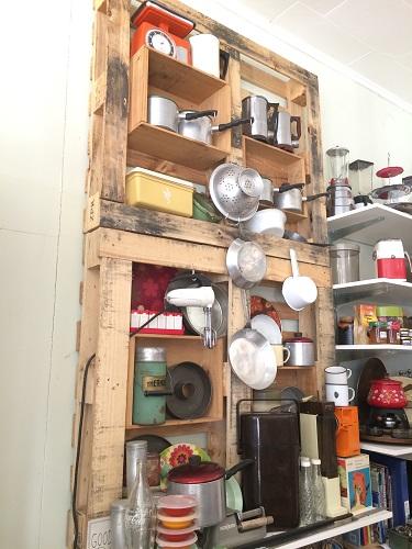 ニュージーランドダニーデンのカフェBlack's Road Green Grocer かわいい店内