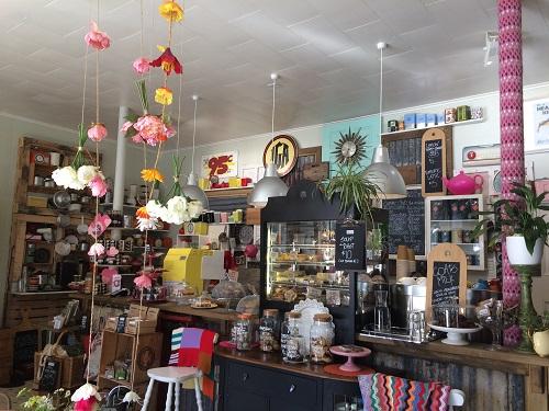 ニュージーランドダニーデンのカフェBlack's Road Green Grocer 店内の様子