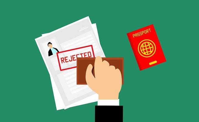 コロナの影響でパスポートの力が落ちてしまった国は?