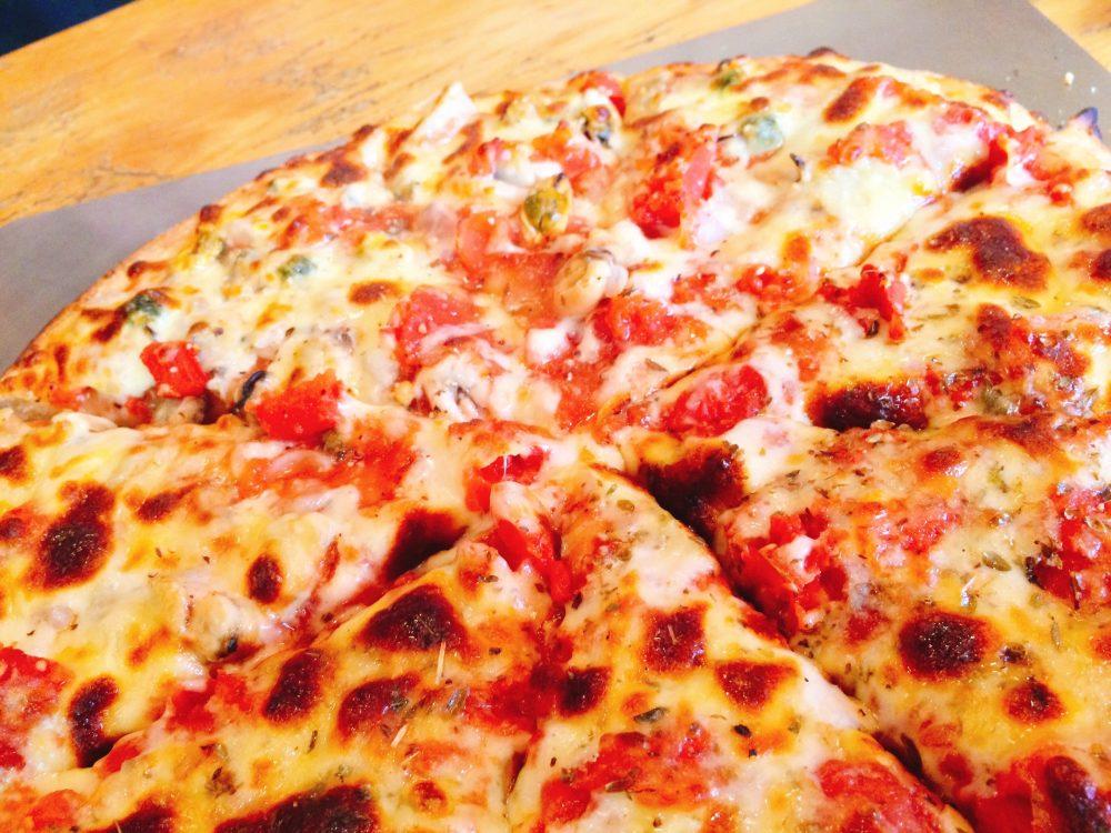 ダニーデンのピザ屋さんPoppa's Pizzaのおいしいピザ