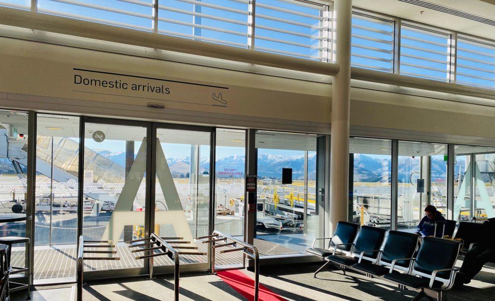 【クイーンズタウン空港】到着時の動画やマップ・市内への移動方法は?
